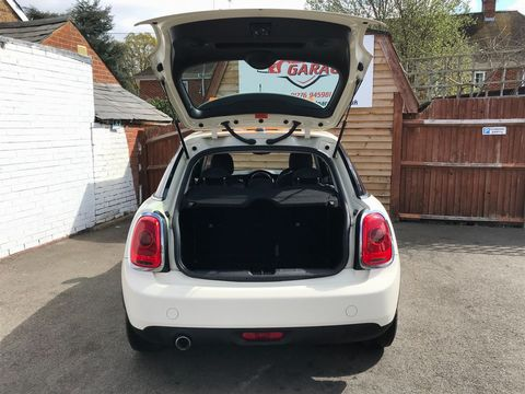 2015 MINI Hatch 1.5 Cooper D (s/s) 5dr - Picture 10 of 28