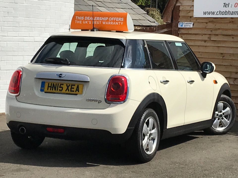 2015 MINI Hatch 1.5 Cooper D (s/s) 5dr - Picture 9 of 28