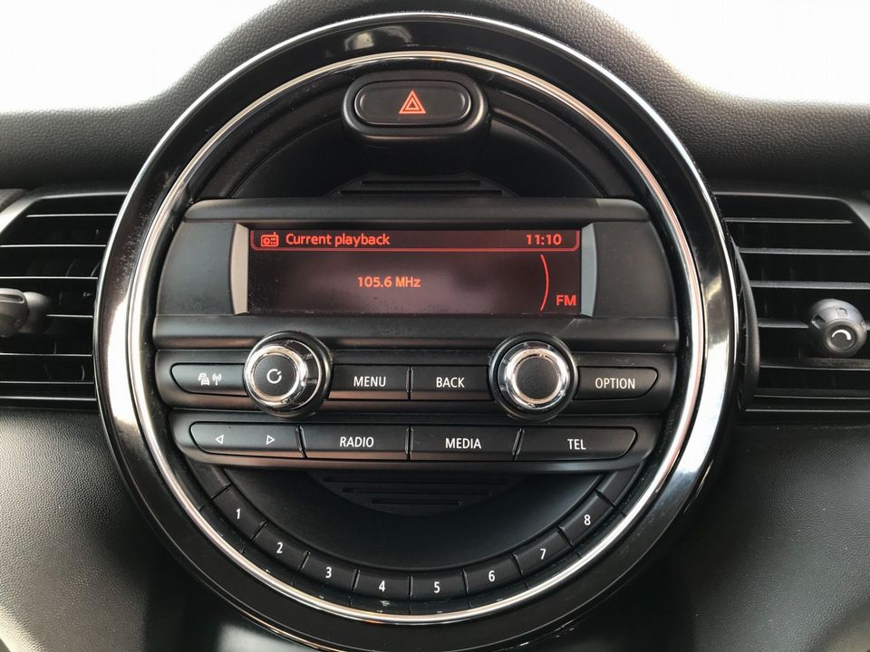 2015 MINI Hatch 1.5 Cooper D (s/s) 5dr - Picture 24 of 37
