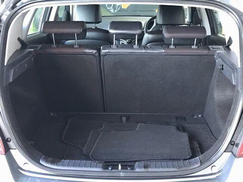 2010 Hyundai i30 1.6 CRDi Premium 5dr - Picture 13 of 31