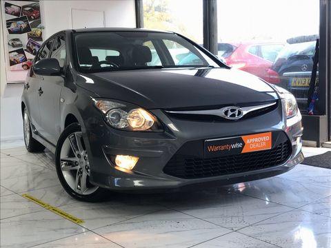 2010 Hyundai i30 1.6 CRDi Premium 5dr - Picture 1 of 31