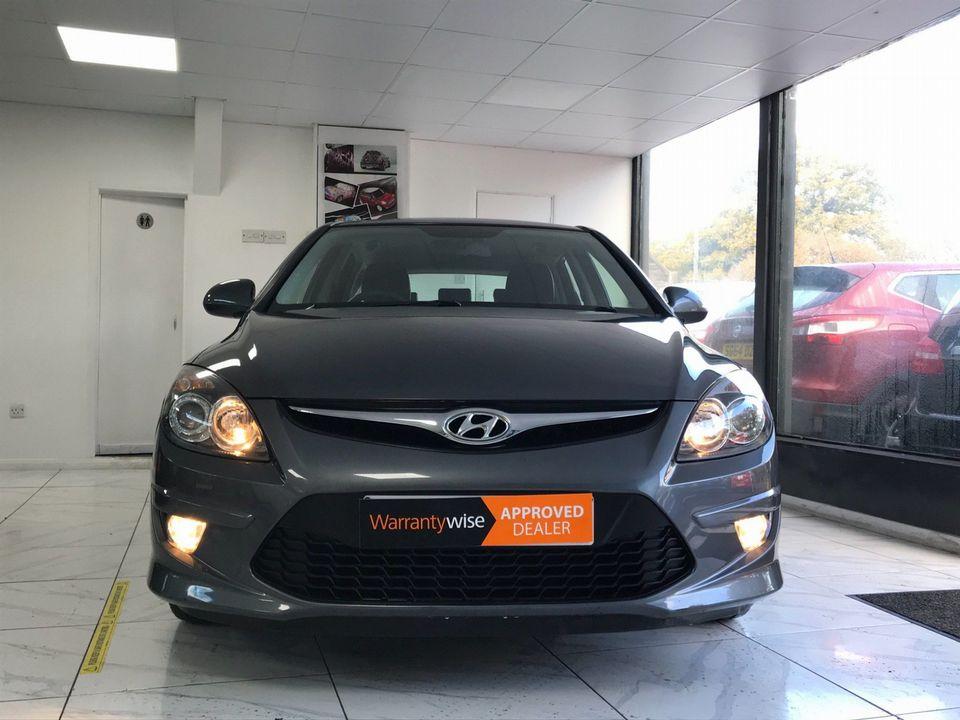 2010 Hyundai i30 1.6 CRDi Premium 5dr - Picture 4 of 31