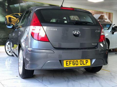 2010 Hyundai i30 1.6 CRDi Premium 5dr - Picture 7 of 31