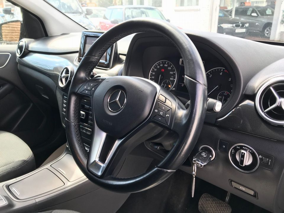 2013 Mercedes-Benz B Class 1.8 B180 CDI BlueEFFICIENCY SE 7G-DCT (s/s) 5dr - Picture 14 of 39
