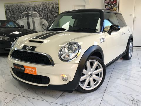 2009 MINI Hatch 1.6 Cooper S 3dr - Picture 5 of 27