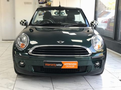 2010 MINI Convertible 1.6 One 2dr - Picture 11 of 30