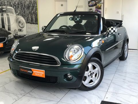 2010 MINI Convertible 1.6 One 2dr - Picture 12 of 30