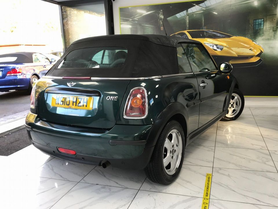 2010 MINI Convertible 1.6 One 2dr - Picture 6 of 30