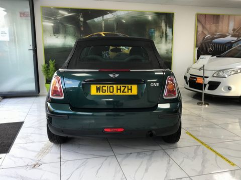 2010 MINI Convertible 1.6 One 2dr - Picture 7 of 30