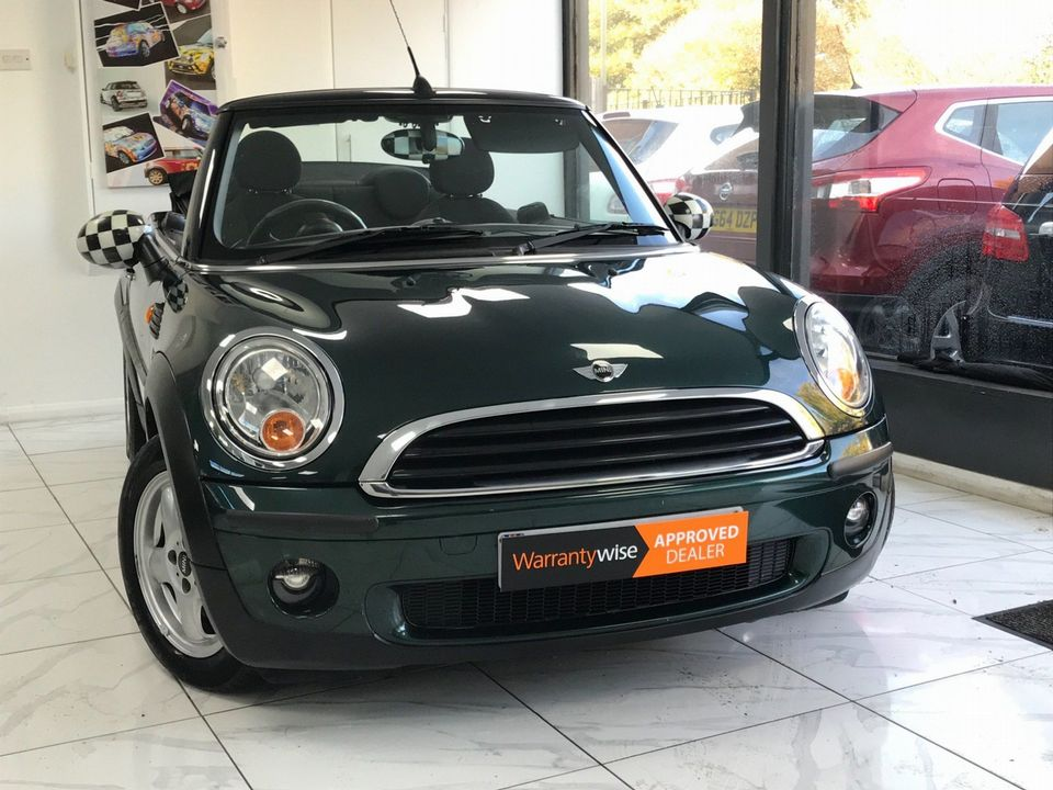 2010 MINI Convertible 1.6 One 2dr - Picture 9 of 30