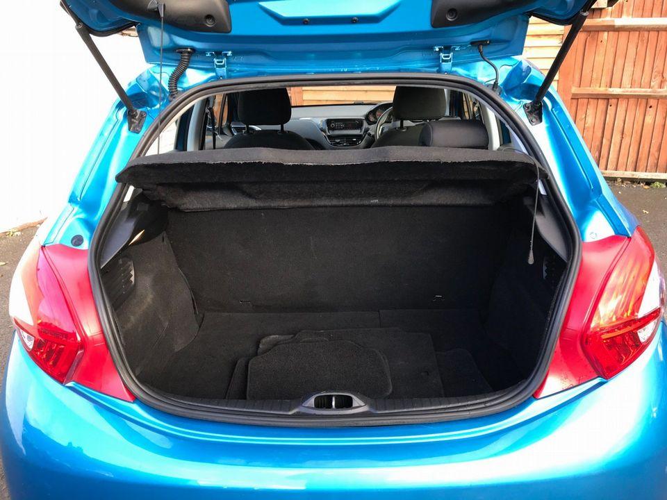 2012 Peugeot 208 1.4 e-HDi FAP Access+ EGC (s/s) 5dr - Picture 11 of 29