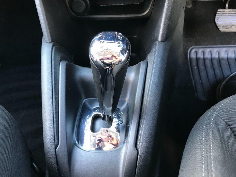 2012 Peugeot 208 1.4 e-HDi FAP Access+ EGC (s/s) 5dr - Picture 25 of 29