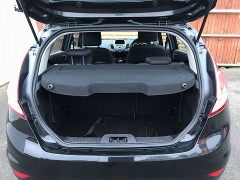 2013 Ford Fiesta 1.25 Zetec 5dr - Picture 11 of 26