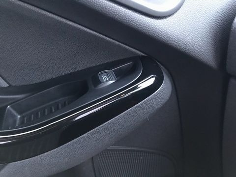 2013 Ford Fiesta 1.25 Zetec 5dr - Picture 24 of 26