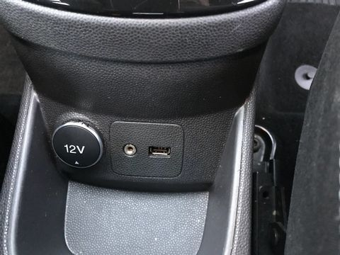 2013 Ford Fiesta 1.25 Zetec 5dr - Picture 25 of 26