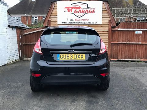 2013 Ford Fiesta 1.25 Zetec 5dr - Picture 7 of 26