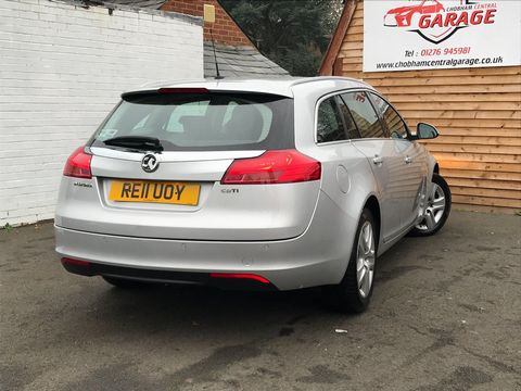 2011 Vauxhall Insignia 2.0 CDTi 16v Exclusiv 5dr - Picture 9 of 26