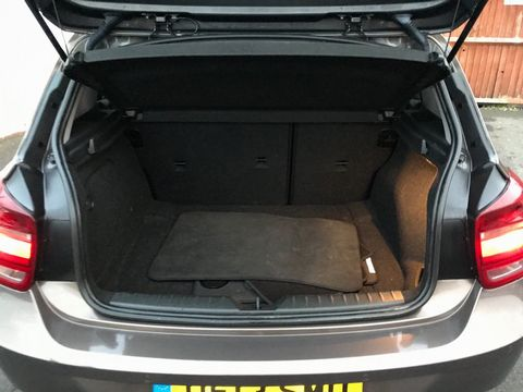 2013 BMW 1 Series 2.0 118d Sport Sports Hatch (s/s) 5dr - Picture 10 of 31