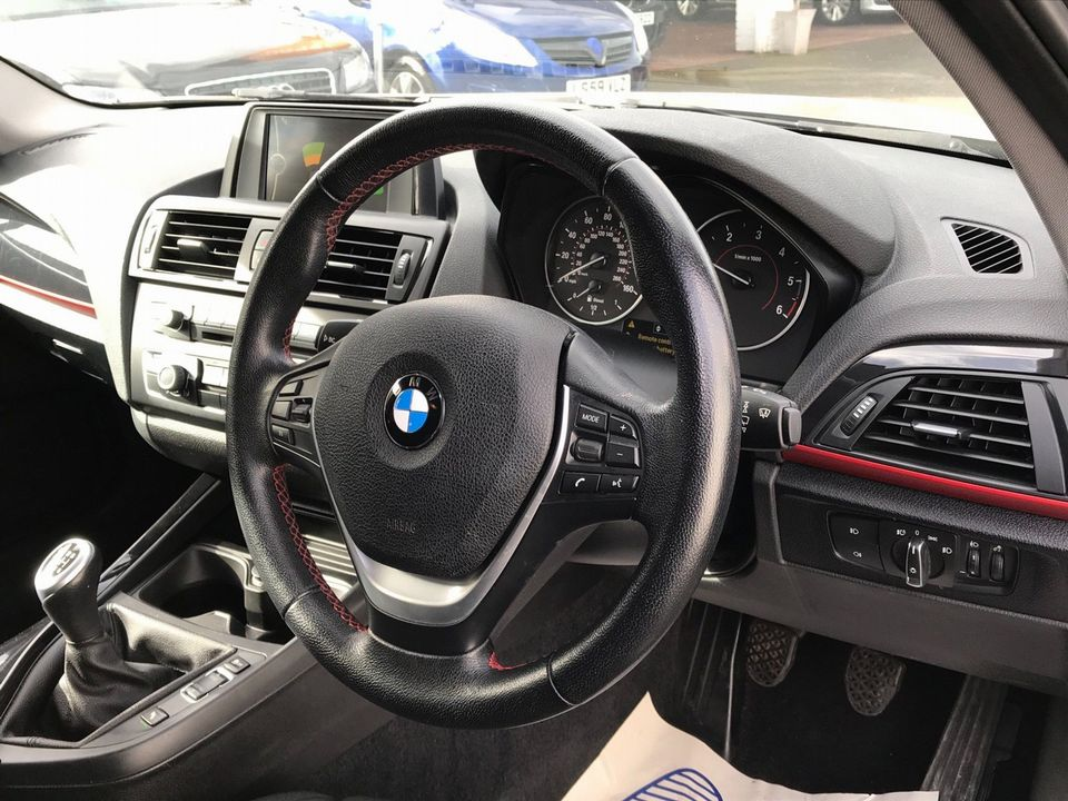 2013 BMW 1 Series 2.0 118d Sport Sports Hatch (s/s) 5dr - Picture 11 of 31