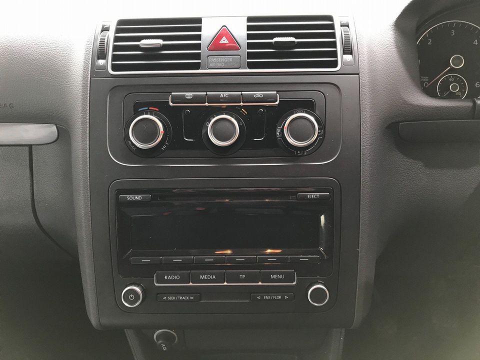 2012 Volkswagen Touran 1.6 TDI SE 5dr (7 Seats) - Picture 18 of 30