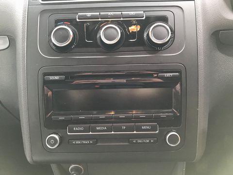 2012 Volkswagen Touran 1.6 TDI SE 5dr (7 Seats) - Picture 20 of 30