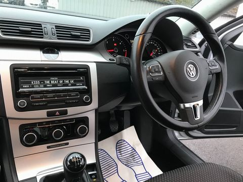 2014 Volkswagen Passat 1.6 TDI BlueMotion Tech S (s/s) 4dr - Picture 12 of 27
