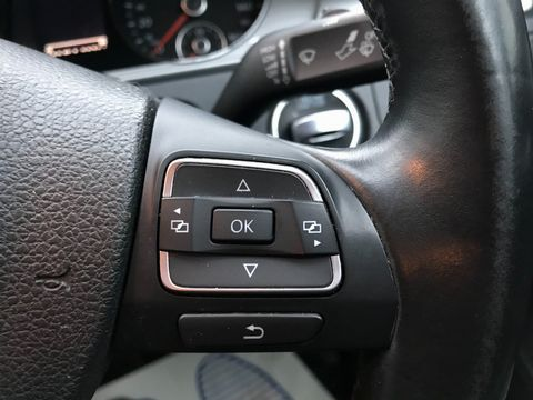 2014 Volkswagen Passat 1.6 TDI BlueMotion Tech S (s/s) 4dr - Picture 16 of 27