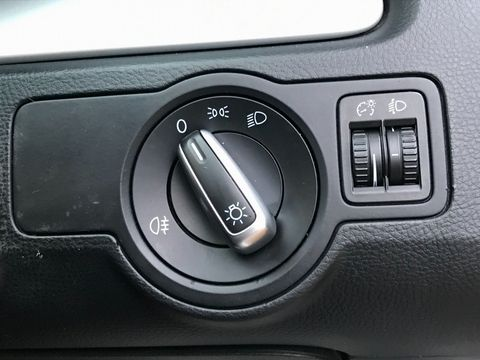 2014 Volkswagen Passat 1.6 TDI BlueMotion Tech S (s/s) 4dr - Picture 18 of 27