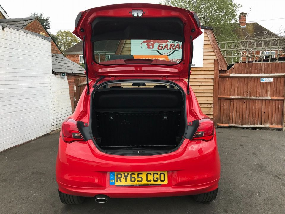 2016 Vauxhall Corsa 1.4i ecoFLEX Limited Edition 3dr - Picture 10 of 32