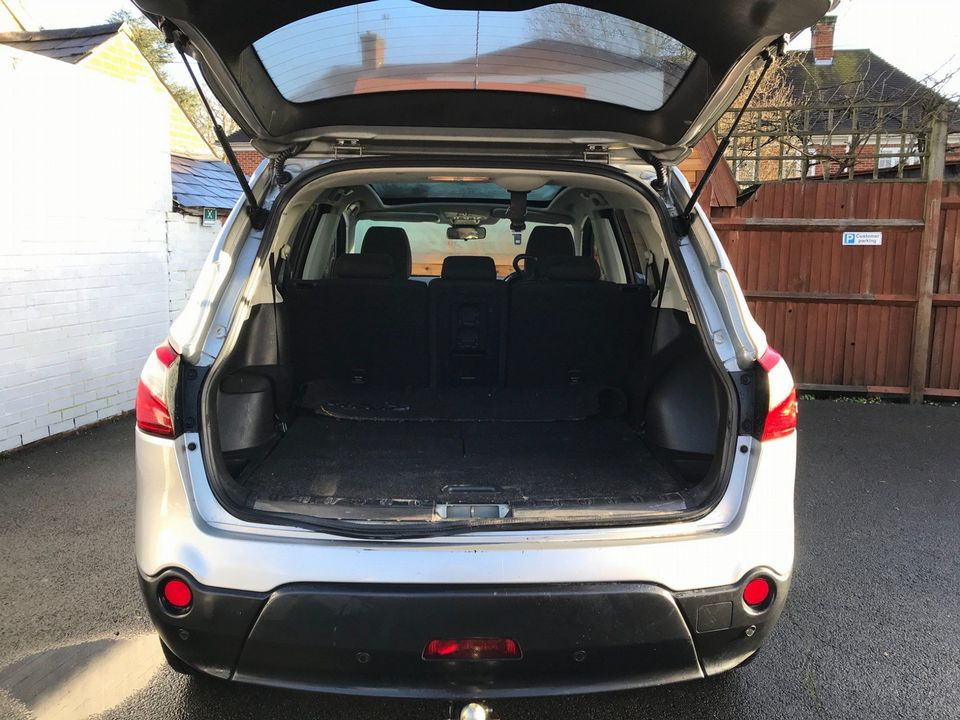 2011 Nissan Qashqai+2 1.5 dCi Acenta 5dr - Picture 10 of 27