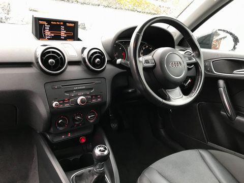 2011 Audi A1 1.6 TDI Sport 3dr - Picture 12 of 29
