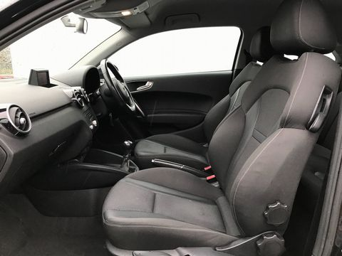 2011 Audi A1 1.6 TDI Sport 3dr - Picture 15 of 29