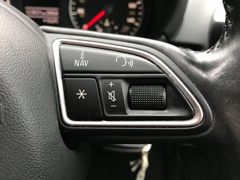 2011 Audi A1 1.6 TDI Sport 3dr - Picture 24 of 29