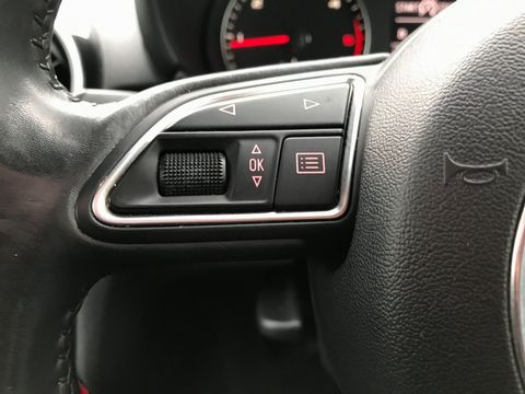 2011 Audi A1 1.6 TDI Sport 3dr - Picture 25 of 29