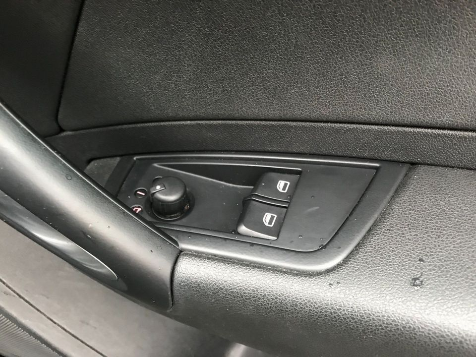 2011 Audi A1 1.6 TDI Sport 3dr - Picture 26 of 29