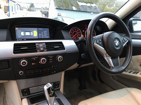 2008 BMW 5 Series 3.0 530i SE 4dr - Picture 12 of 36