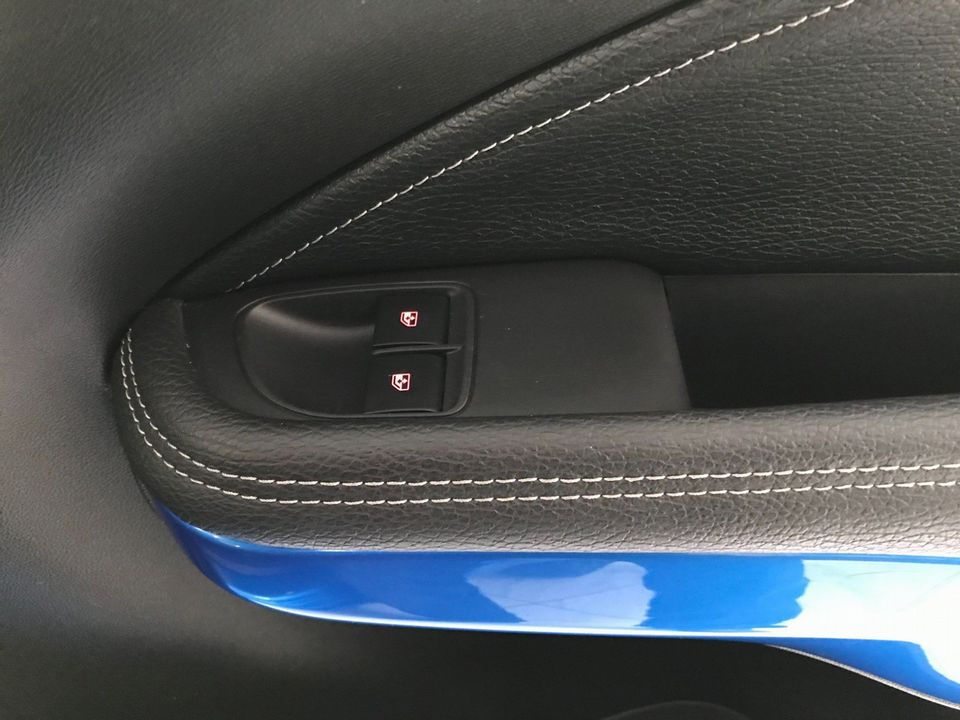 2019 Vauxhall ADAM 1.2i Griffin 3dr - Picture 30 of 33