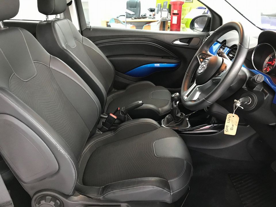 2019 Vauxhall ADAM 1.2i Griffin 3dr - Picture 16 of 34