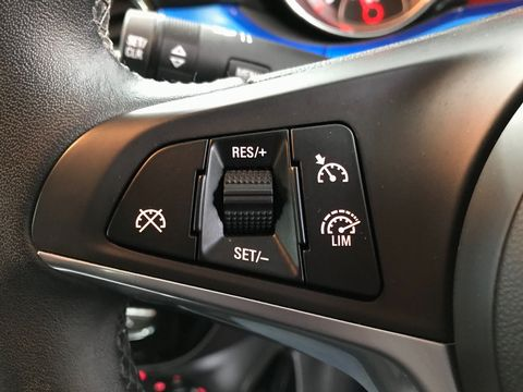 2019 Vauxhall ADAM 1.2i Griffin 3dr - Picture 27 of 34