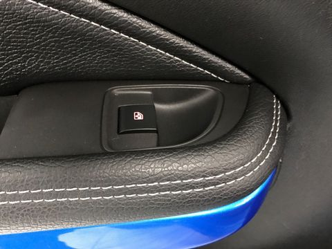 2019 Vauxhall ADAM 1.2i Griffin 3dr - Picture 31 of 34