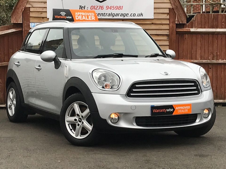 2013 MINI Countryman 1.6 Cooper D 5dr - Picture 1 of 31