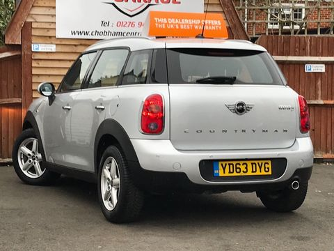 2013 MINI Countryman 1.6 Cooper D 5dr - Picture 6 of 31
