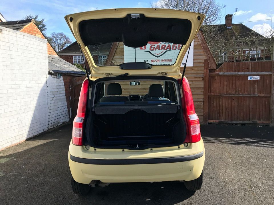 2010 Fiat Panda 1.2 Eco Dynamic ECO 5dr - Picture 10 of 27