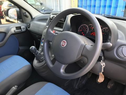2010 Fiat Panda 1.2 Eco Dynamic ECO 5dr - Picture 15 of 27