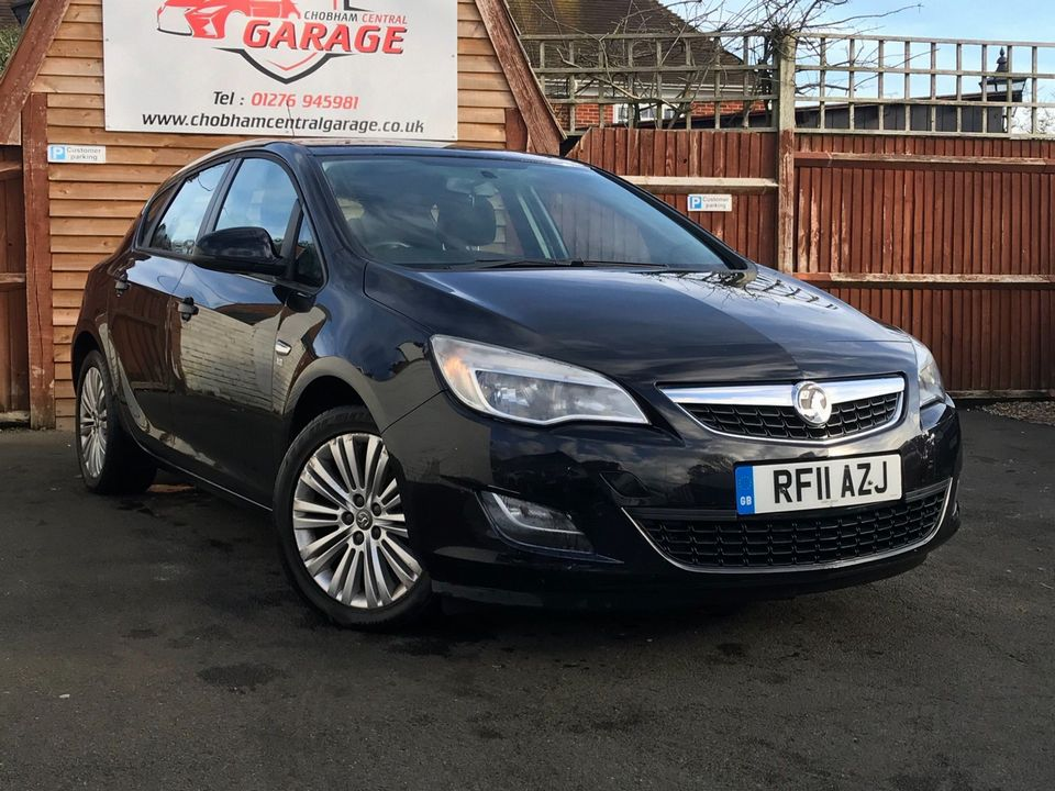 2011 Vauxhall Astra 1.6 16v Excite 5dr - Picture 1 of 24