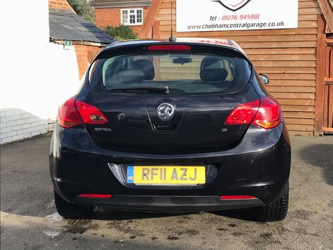 2011 Vauxhall Astra 1.6 16v Excite 5dr - Picture 7 of 24