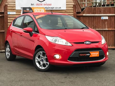 2012 Ford Fiesta 1.25 Zetec 5dr - Picture 1 of 28