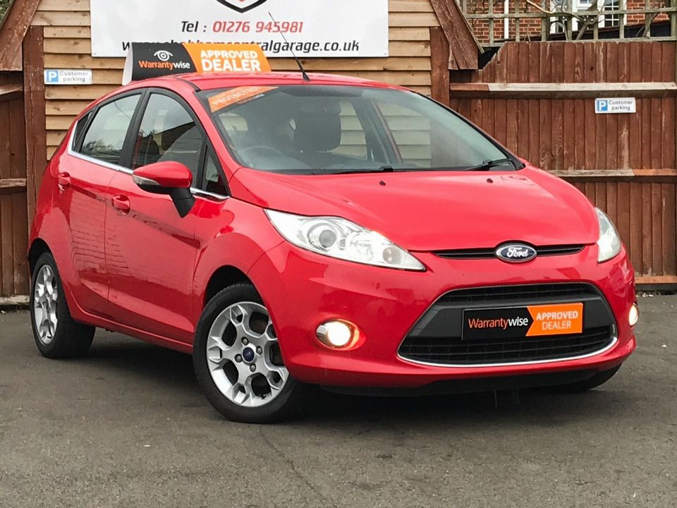 2012 Ford Fiesta 1.25 Zetec 5dr - Picture 1 of 32