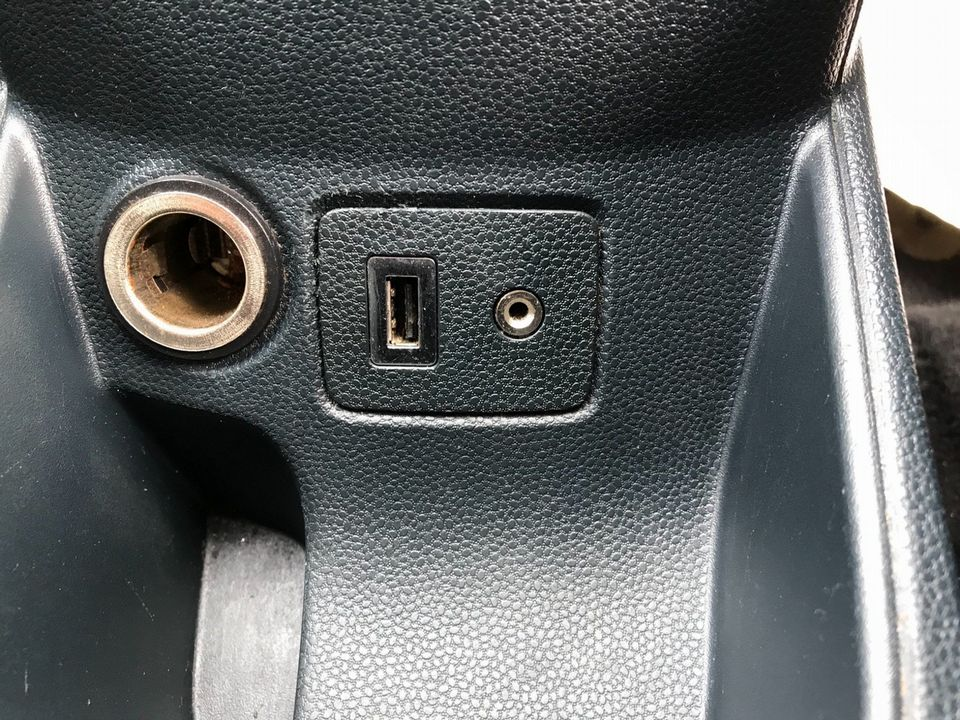 2012 Ford Fiesta 1.25 Zetec 5dr - Picture 25 of 32