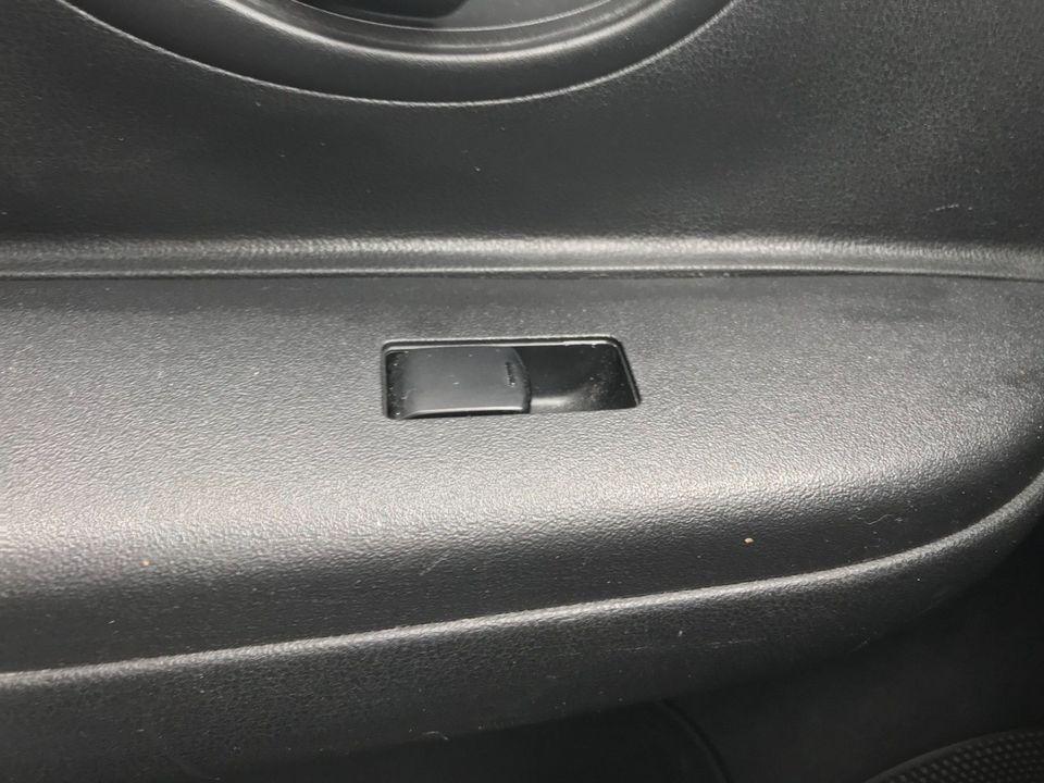 2011 Nissan Micra 1.2 12v Acenta 5dr - Picture 28 of 31